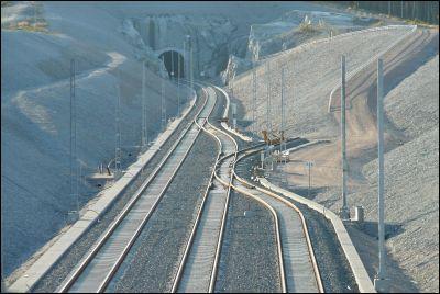 Byggs massa järnväg.