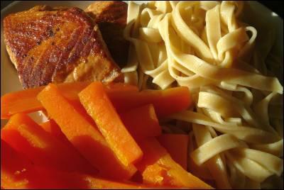 Lax och pasta