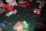 Mamma har slagit in 50st julklappar till som vi slår tärning om :)