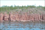 Mycket sten och branta klippor här.